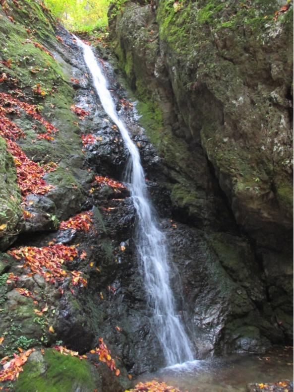 綾広の滝(パワースポット)