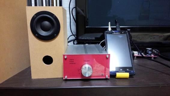 【図 7】廃品利用ラジオチューナー