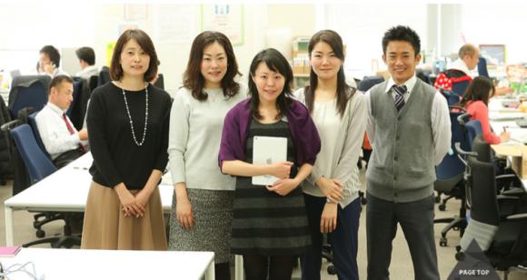 NTTドコモ 農業ICTプロジェクトチームのメンバー。中央が有本香織氏(全国に約200名のメンバーがいる)