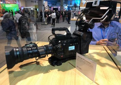 4K/HD対応ハイエンド放送カメラ