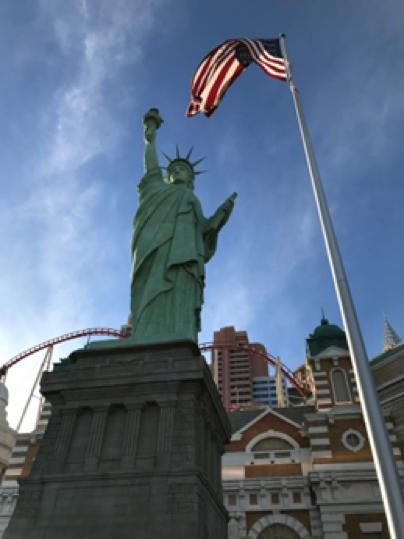 NewYork NewYork Hotelの自由の女神像