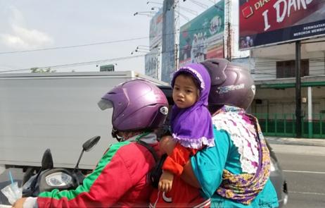 3人乗りのバイク