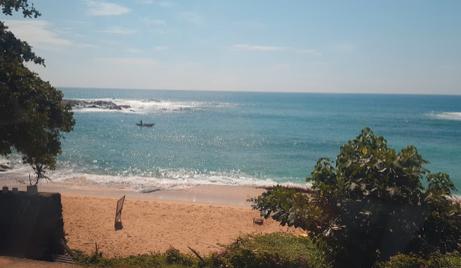 ヤーラに向かう途中で見たビーチ