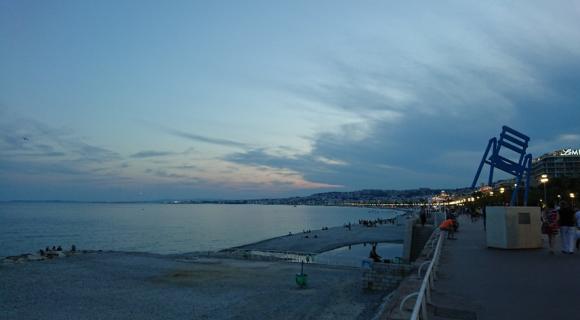 ニース海 夕景