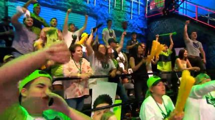 T-Wolves Gamingの応援で盛り上がる観客