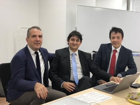 (左)Cognitive Technology社CEO Massimiliano Delsante氏 (中)同VP Sales and Marketing Stefano Pedrazzi氏 (右)ハートコア社CEO神野純孝氏