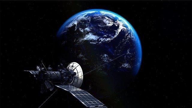 衛星ビジネスの発展と新たな通信利用の可能性