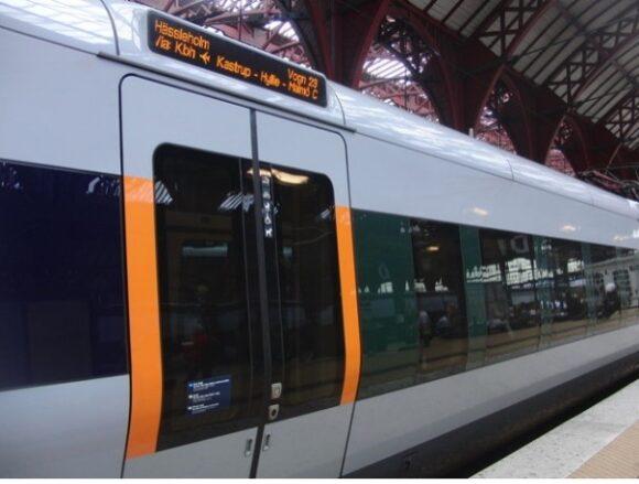 【写真9】コペンハーゲンからマルメ方面行きの列車