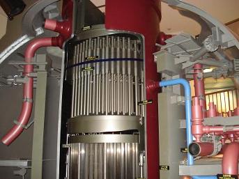 【写真3】柏崎刈羽原発の原子炉模型